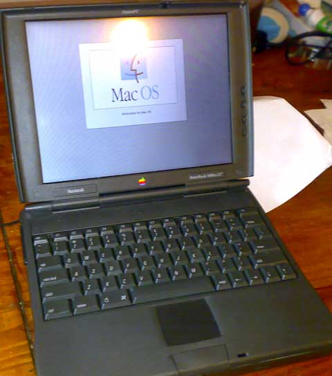 PowerBook 1400cs running Mac OS 8