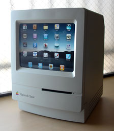 Apple iPad inside a Macintosh Classic