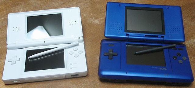 Nintendo DS Lite and the Nintendo DS