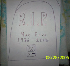 grave marker for Mac Plus