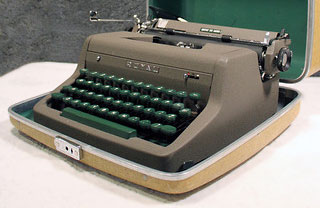Royal Quiet De Luxe portable typewriter